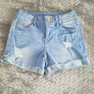 Vanilla Star mid rise shorts